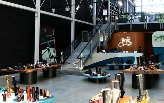 john-fluevog-shopping-gastown