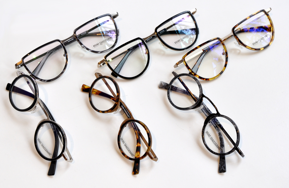 bruce-eyewear-shopping-gastown-readers