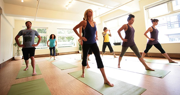inner-space-yoga-gastown-class