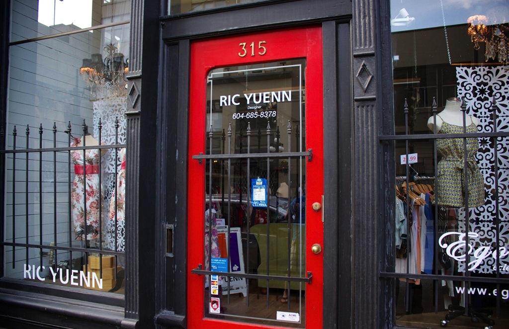 ric-yuenn-gastown-shop