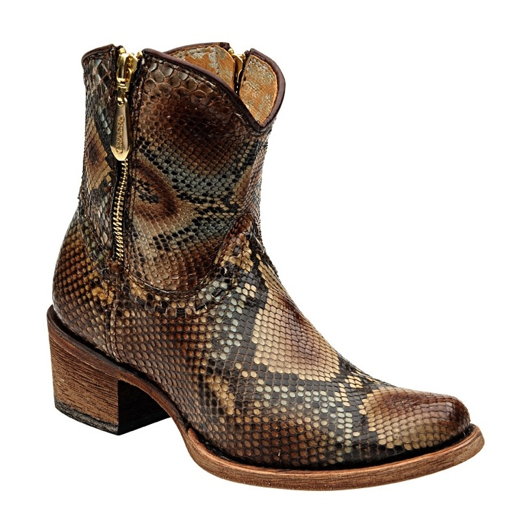 ok-boot-corral-gastown-shopping
