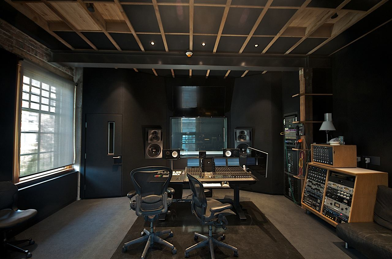 WarehouseStudio1