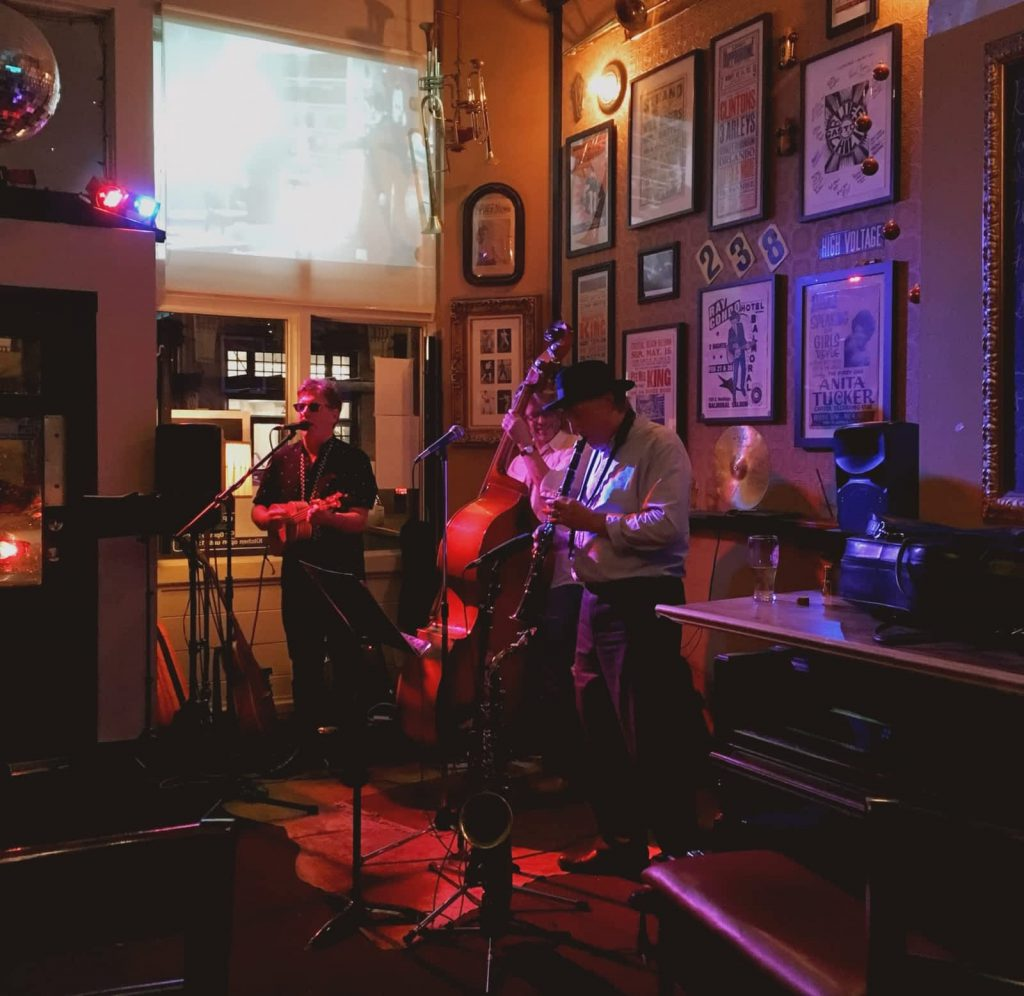 Where to Find Live Music in Gastown – Gastown